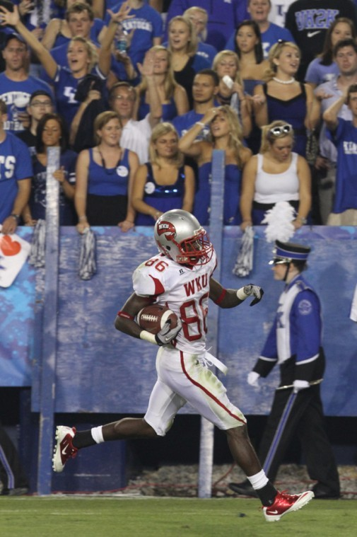 Freshman+wide+receiver+Willie+McNeal+returns+a+kickoff+90+yards+in+in+the+second+quarter+of+WKU%27s+loss+at+Kentucky.