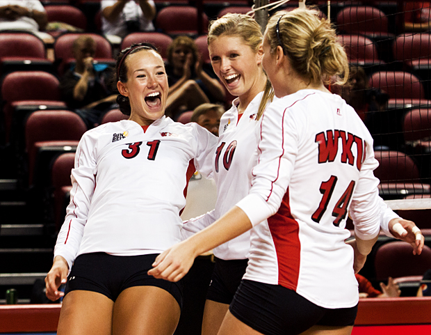 Senior+outside+hitter+Emily+Teegarden+%28left%29+led+the+WKU+offense+on+Friday+with+13+kills+and+a+.440+hitting+percentage.+The+Lady+Toppers+swept+Arkansas+State+in+Jonesboro%2C+Ark.%2C+3-0%2C+to+move+to+1-0+in+Sun+Belt+Conference+play.