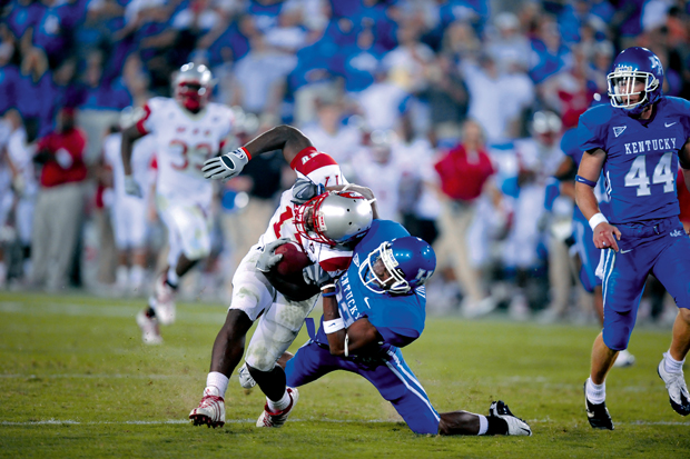 Kentucky+cornerback+Trevard+Lindley+tackles+then-freshman+running+back+Bobby+Rainey+during+the+two+teams%27+first+meeting+in+fall+2008+at+Commonwealth+Stadium+in+Lexington.+The+Toppers+lost+41-3.+Rainey+ran+for+99+yards+on+just+nine+carries.++%E2%80%9CI+really+don%E2%80%99t+care+about+that+game%2C%E2%80%9D+he+said.+%E2%80%9CThat%E2%80%99s+in+the+past%2C+and+we%E2%80%99re+moving+on+toward+the+future.%E2%80%9D