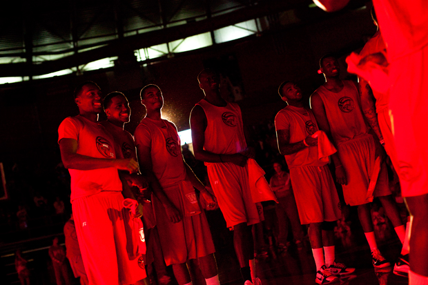 The+WKU+men%27s+basketball+team+gathers+at+center+court+in+Diddle+Arena+Oct.+16+while+being+introduced+to+fans.