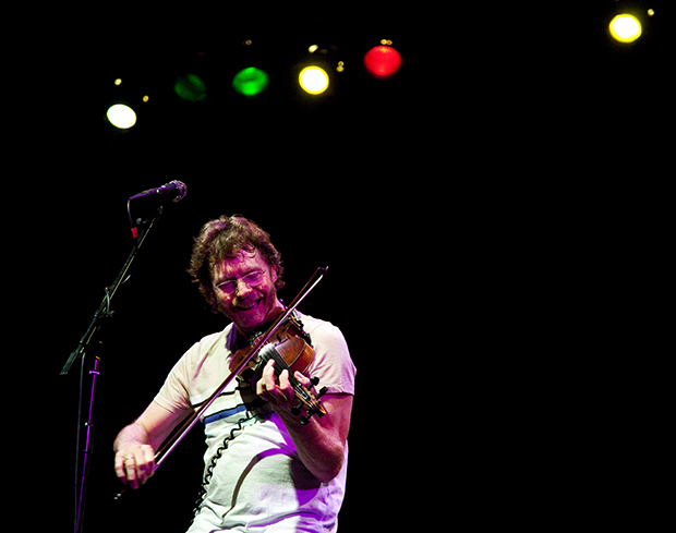 Bluegrass+musician+Sam+Bush+plays+fiddle+with+his+band+during+the+second+set+of+their+show+at+the+Capitol+Arts+Center+on+Friday+evening.+More+than+500+people+were+in+attendance+to+see+Bush%2C+a+Bowling+Green+native%2C+play+for+the+first+time+in+seven+years+at+the+venue.+
