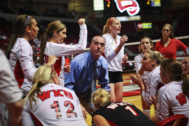 Head+Coach+Travis+Hudson+breaks+the+Lady+Toppers%E2%80%99+huddle+following+a+timeout+late+in+WKU%E2%80%99s+home+volleyball+game+against+Cincinnati+in+Diddle+Arena+on+Oct.+19.+WKU+lost+1-3.+