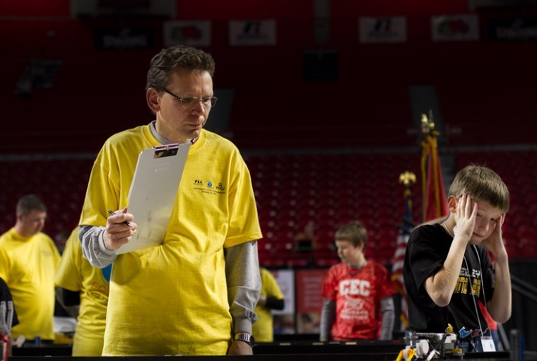 Students+compete+at+the+2010+Kentucky+First+Lego+League+State+Robotics+Championship+in+Diddle+Arena+on+Saturday.