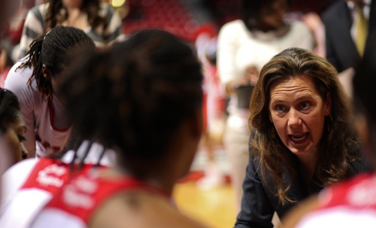 Head+Coach+Mary+Taylor+Cowles+talks+to+her+team+during+the+Lady+Toppers+win+over+Troy+on+Jan.+22.+WKU+has+lost+two+straight+games+since%2C+falling+to+8-13.
