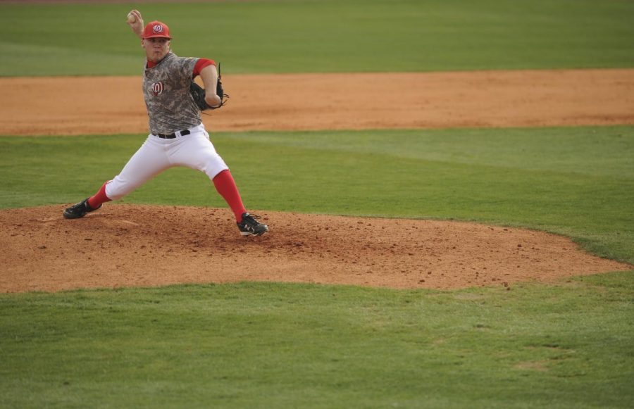 WKU%27s+Justin+Hageman+delivers+a+pitch+during+Saturday%27s+game+against+Middle+Tennessee.+Hageman+is+3-2+this+season+as+a+freshman+starting+pitcher.
