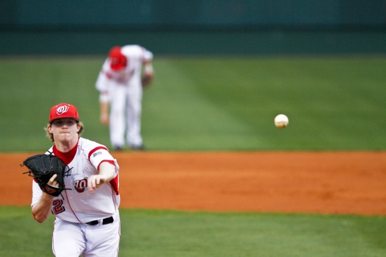 Sophomore+pitcher+Tanner+Perkins+warms+up+during+Friday%27s+game+against+Middle+Tennessee.+WKU+won+5-2.+