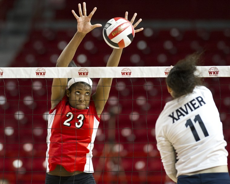 Sophomore+outside+hitter+Janee%E2%80%99+Diggins+leaps+for+a+block%0Aagainst+Xavier%E2%80%99s+Am%C3%A9+White+in+the+first+set+during+the+WKU%0ATournament+on+Sept.+9.+The+Lady+Toppers+won+that+match%2C+part+of%0Atheir+current+10-match+winning+streak.%0A