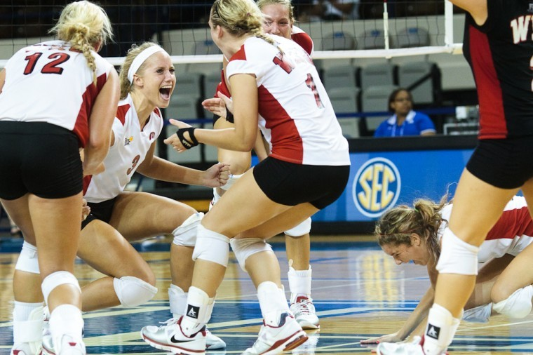 Freshman+middle+hitter+Heather+Boyan+%283%29+celebrates+a+block+with%0Ateammates+that+put+WKU+up+25-24+during+a+rally+in+the+fourth+game%0Aagsinst+Ohio+at+the+Kentucky+Classic+in+Lexington.%0A