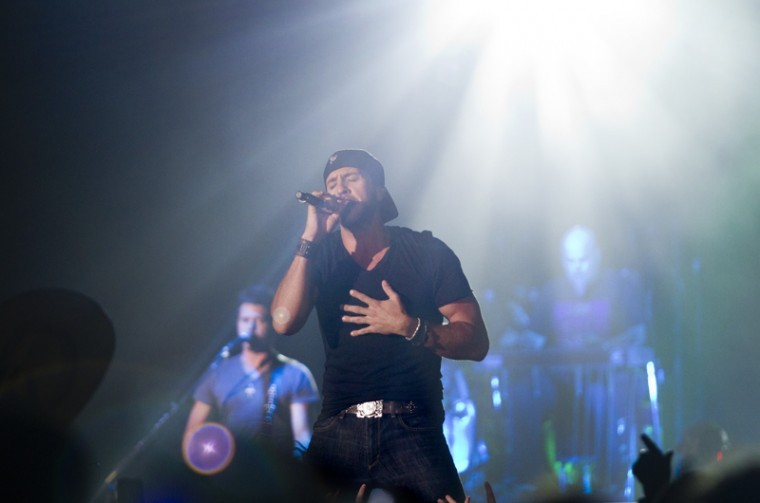 Luke Bryan and his band perform for hundreds of screaming fans during Thursdays Homecoming concert at Diddle Arena. The concert was part of the CMT on Tour series, featuring other artists Matt Mason, Lee Brice and Josh Thompson.