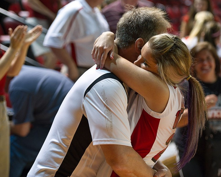 Bill+Moran+hugs+his+daughter+Kacy+Moran+after+WKU%27s%0Awin+over+Troy+last+weekend.+Bill+and+his+wife+drive+from+Plymouth%2C%0AMich.%2C+to+watch+Kacy+play+home+matches+%E2%80%94+something+many+other+WKU%0Avolleyball+parents+also+do.%0A