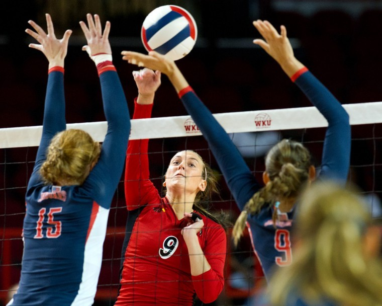 Sophomore+outside+hitter+Paige+Wessel+helped+the+Lady+Toppers%0Acome+back+from+set+point+on+Saturday+to+claim+the+first+set+for%0Athemselves+against+South+Alabama+on+WKU%27s+way+to+a+3-0+sweep+of+the%0ALady+Jaguars.%0A