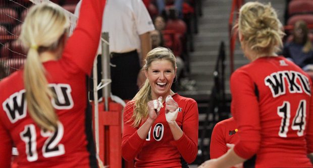 Senior+Lindsay+Williams+%28center%29+and+senior+Tiffany+Elmore+will%0Aplay+their+last+matches+in+Diddle+Arena+this+weekend.%0A