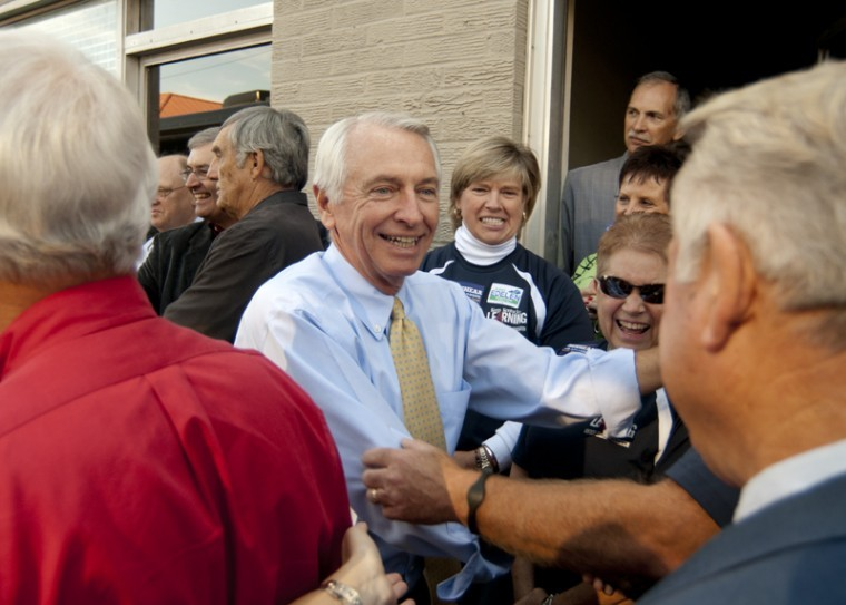 As part of his campaign for re-election, Governor Steve Beshear visited Bowling Green on Tuesday morning with running mates Jack Conway, Todd Hollenbach, Bob Farmer and Adam Edelen.