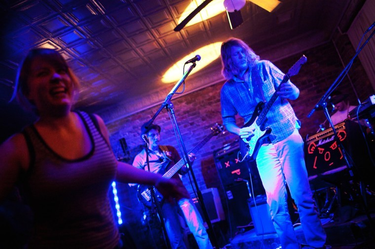 The+band+Canago+performs+to+a+full+crowd+at+Ellis+Place+in%0Adowntown+Bowling+Green+on+Nov.+23.%0A