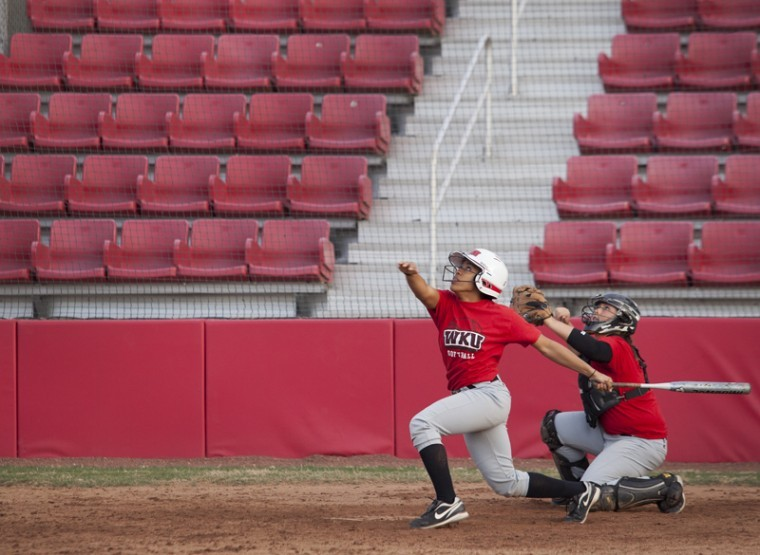 Junior+catcher+Karavin+Dew+and+freshman+catcher+Taylor+Borders%0Awatch+the+ball+after+Dew+bats+during+practice+Jan.+31.+The+team%0Awill+open+their+season+Feb.+10+in+Columbia%2C+S.C.%2C+against+Cleveland%0AState.%0A