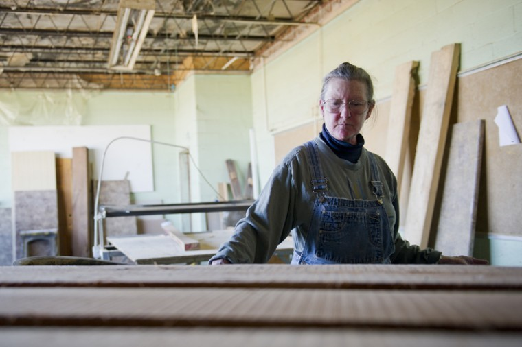 Peggy+Dee+Allen%2C+63%2C+of+Franklin%2C+spends+her+time+away+from+the+classroom+practicing+woodworking+in+an+old+elementary+school+turned+workshop+in+Franklin.+Allen+was+a+student+at+WKU+from+1970+to+1972+and+has+now+returned+to+earn+a+business+degree.%0A