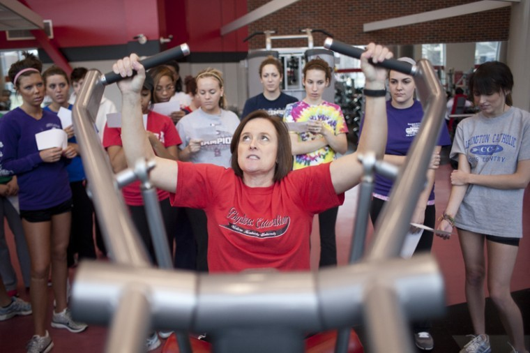 Tracy+Lane+demonstrates+the+weight+machines+to+her+weightlifting%0Aclass+in+Preston+Center+on+Jan.+25.+Lane+was+born+in+England%2C%0Araised+in+South+Africa+and+has+been+teaching+at+WKU+since+August%0A2009.%0A