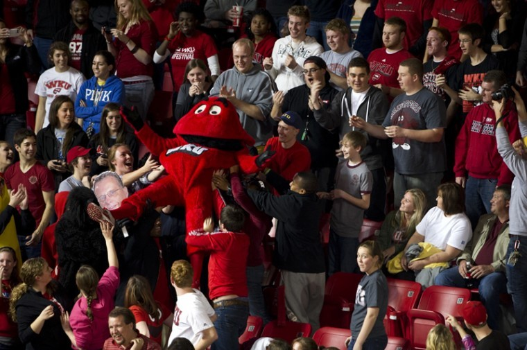 Big+Red+crowd+surfs+up+the+student+section+during+the+second%0Ahalf+of+the+game.+An+announced+crowd+of+6%2C407+fans+showed+up+to%0ADiddle+Arena+for+WKU%27s+75-66+win+over+South+Alabama.+It+was+the%0Alargest+home+attendance+of+the+season.%0A