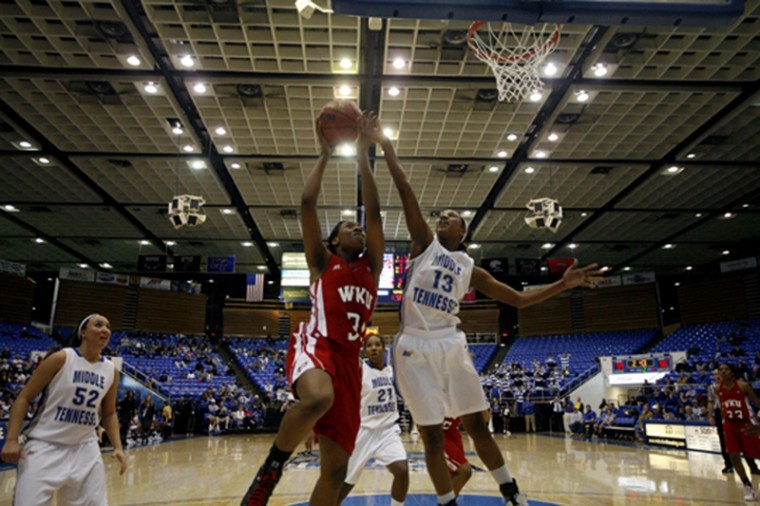 Senior+forward+LaTeira+Owens+attempts+a+lay+up+against+MTSU%0AWednesday.+WKU+lost+67-64.%0A