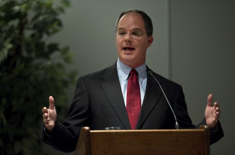 Representative Brett Guthrie, of the 2nd District of Kentucky, lectures on health care as part of the L.Y. Lancaster-Hugh Puckett Lecture Series at the Knicely Center on Western Kentucky UniversityÕs South Campus Thursday.