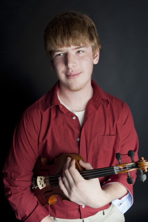 Alexandria+sophomore+Keith+Pennington+has+been+playing+the+violin+since+he+was+8+years+old.+Now%2C+12+years+later%2C+he+is+a+music+education+major+and+is+giving+lessons.%0A
