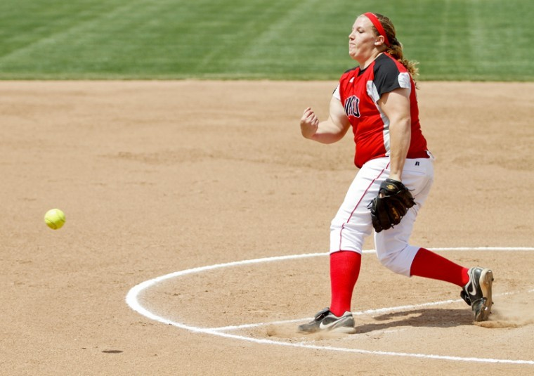 Sophomore+Emily+Rousseau+pitches+during+the+first+game+of+a+doubleheader+against+Louisiana-Lafayette+Saturday+at+the+WKU+Softball+Complex.+WKU+lost+the+first+game+4-1.%0A