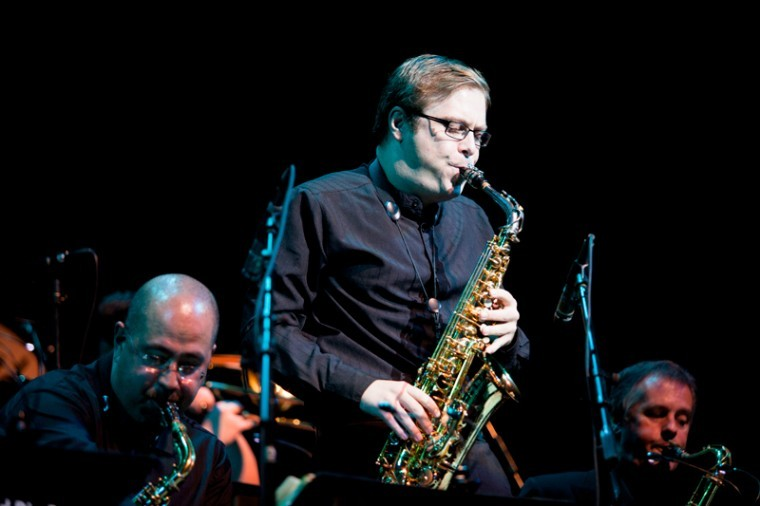Nathan+Childers+plays+baritone+saxophone+with+Tommy+Igoe%27s+Bigland+Bird+Bang+as+they+perform+in+Van+Meter+Hall+Monday+night+to+open+the+2012-13+season+of+WKU%E2%80%99s+Cultural+Enhancement+Series.%0A