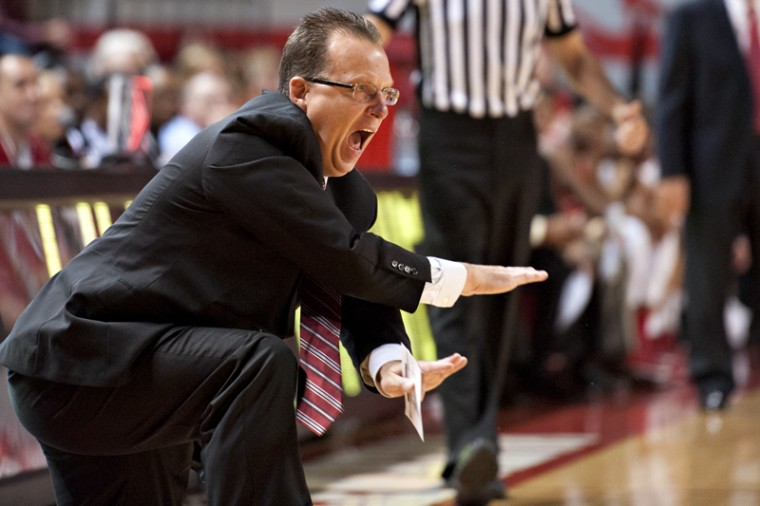 Head+coach+Ray+Harper+shouts+to+his+team+during+the+game.+WKU+defeated+Austin+Peay+74-54.%0A