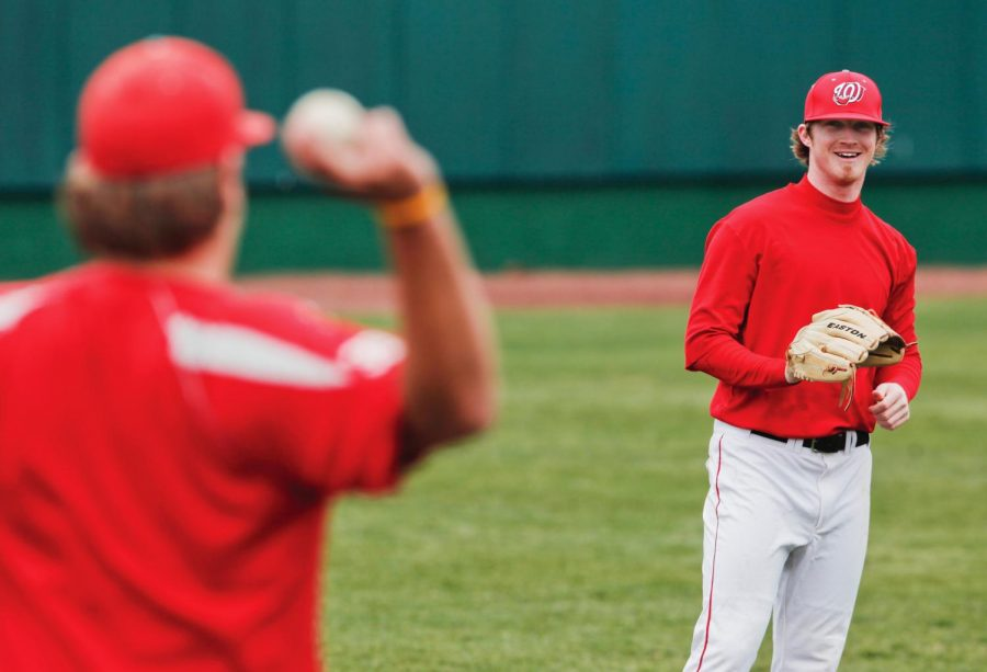 WKU+freshman+pitcher+Alex+Mercer+gets+loosened+up+during+a+preseason+practice+on+Feb.+12.+A+6%27+4%22+righty%2C+Mercer+shows+tremendous+potential+and+has+a+legitimate+shot+at+playing+and+making+an+impact+this+season.%0A