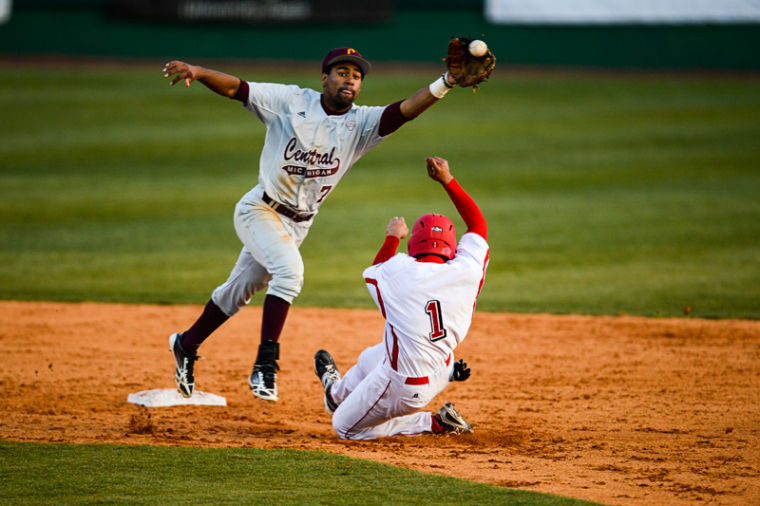 WKU+sophomore+outfielder+Matthew+Paculan+slides+safely+into+second+base+during+the+WKU+vs+Central+Michigan+University+game+at+Nick+Denes+Field+in+Bowling+Green%2C+Ky.+on+Friday+February+22%2C+2013.+The+Toppers+lost+the+first+game+Friday+night+4-2%2C+but+were+able+to+win+the+last+two+to+win+the+series+and+improve+to+.500+on+the+year.%0A