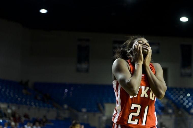 Sophomore+guard+Alexis+Govan+reacts+after+losing+a+ball+out+of+bounds+during+WKU%27s+Sun+Belt+Conference+Tournament+semifinal+loss+to+University+of+Arkansas+Little+Rock.%0A