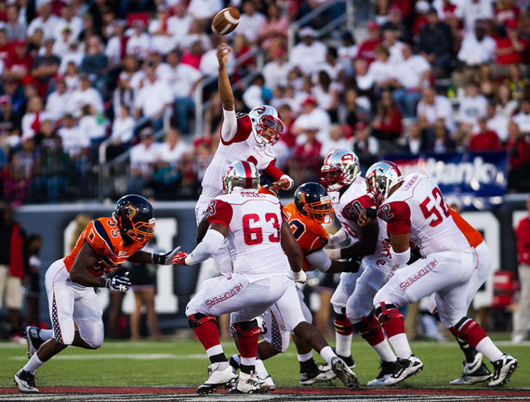 WKU%27s+Todd+Porter+throws+over+the+line+during+their+game+against+Morgan+State+at+Western+Kentucky+University+on+Saturday%2C+September+21%2C+2013.%C2%A0