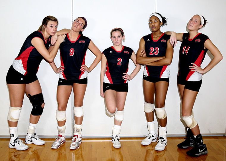 Volleyball seniors Lindsay Spears, Paige Wessel, Ashley Potts, Janee' Diggins, and Melanie Stutsman lead WKU Volleyball team to wins this semester.