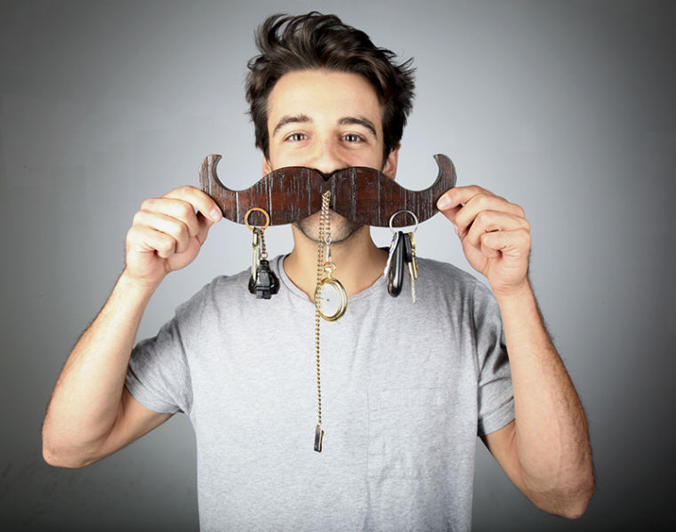 Louisville+senior+Ben+Aroh+poses+for+a+portrait+holding+a+%22KeyStache%22%2C+a+product+he+invented+to+hold+keys.+Aroh+has+started+a+Kickstarter+to+raise+%246%2C500+for+a+new+tool+to+increase+his+production+speed.%C2%A0