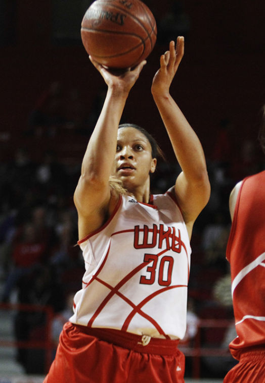 Junior+forward+Chastity+Gooch+pulls+up+for+a+jump+shot+during+Hilltopper+Hysteria+Saturday%2C+Oct.+19.%C2%A0