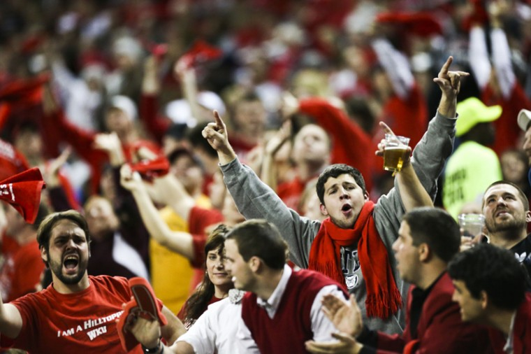 WKU+fans+celebrate+after+a+touchdown+against+Central+Michigan+in+the+first+quarter+of+the+Little+Caesars+Pizza+Bowl.%C2%A0%0A