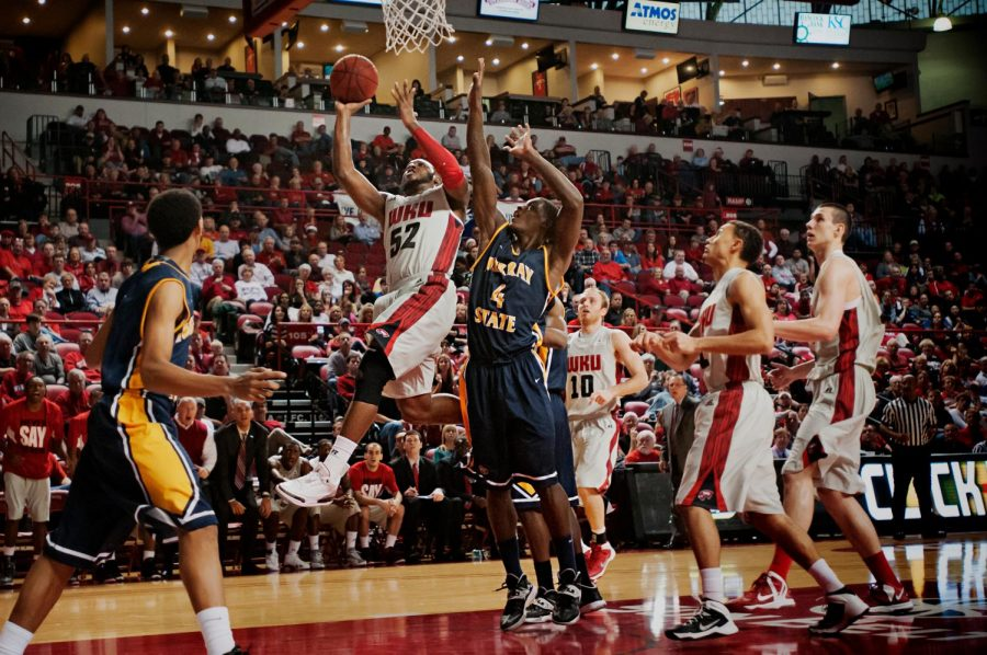 WKU%27s+T.J.+Price+goes+up+for+a+layup+as+the+Hilltoppers+take+on+Murray+State+at+E.A.+Diddle+Arena+on+Saturday%2C+December+21%2C+2013.+Western+would+go+on+to+win+their+sixth+straight+home+game+71-64.