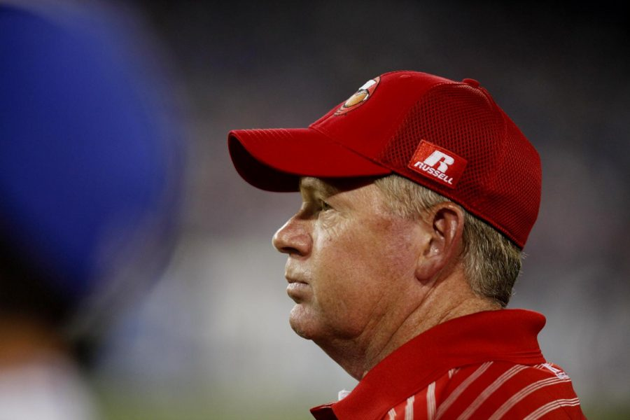 WKU+head+coach+Bobby+Petrino+watches+the+clock+run+down+on+the+first+half+of+his+teams+game+against+Kentucky.