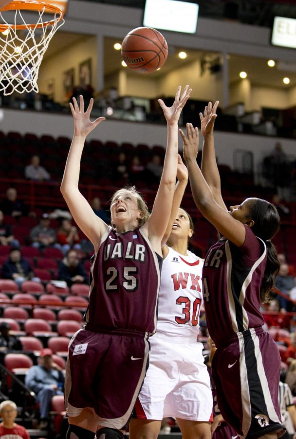 UALR+guard+Hannah+Fohn%2C+WKU+forward+Chastity+Gooch+and+UALR+forward+Kiera+Clark+go+up+for+a+rebound+during+the+first+half+of+WKU%27s+game+against+the+University+of+Arkansas+Little+Rock+Wednesday%2C+Jan.+15%2C+2014+at+Diddle+Arena+in+Bowling+Green%2C+Ky.