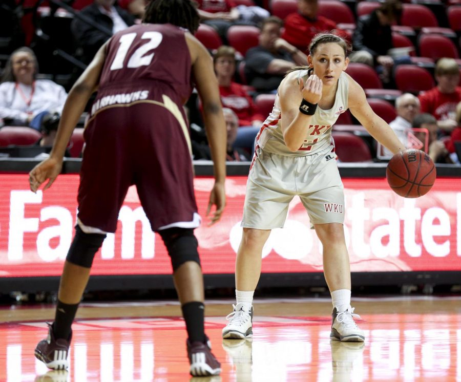 WKU+senior+guard+Chaney+Means+%282%29+gives+commands+to+her+teammates+during+the+womens+basketball+game+against+Louisiana-Monroe+on+Saturday+in+Diddle+Arena.+WKU+won+92-63.+%28Kreable+Young%2FHERALD%29