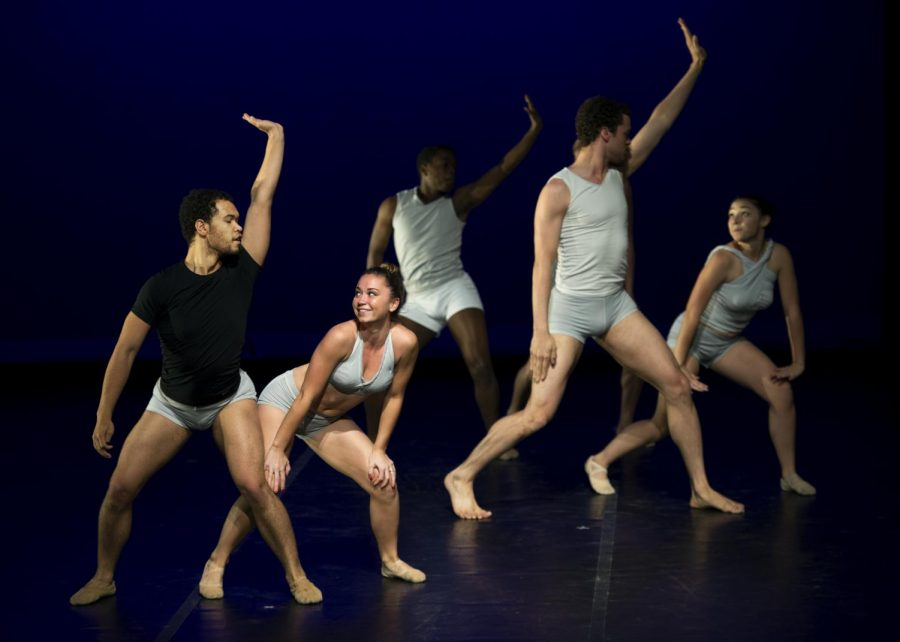 Elijah+Furlong%2C+left%2C+and+WKU+Sophomore+Mara+Brand+practice+with+fellow+dancers+for+an+upcoming+show+%22An+Evening+of+Dance%2C%22+which+will+begin+on+Thursday+April+24%2C+2014+at+the+Fine+Arts+Center+in+the+Russell+Miller+Theater.+%28Jeff+Brown%2FHERALD%29