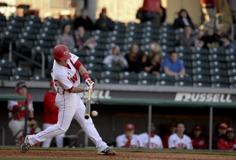 WKU+freshman+infielder+Leiff+Clarkson+hits+the+ball+during+WKU%27s+5-3+lost+against+Louisville+at+the+Bowling+Green+Ballpark+in+Bowling+Green%2C+Ky+on+Wednesday+March+26%2C+2014.+%28Jeff+Brown%2FHERALD%29