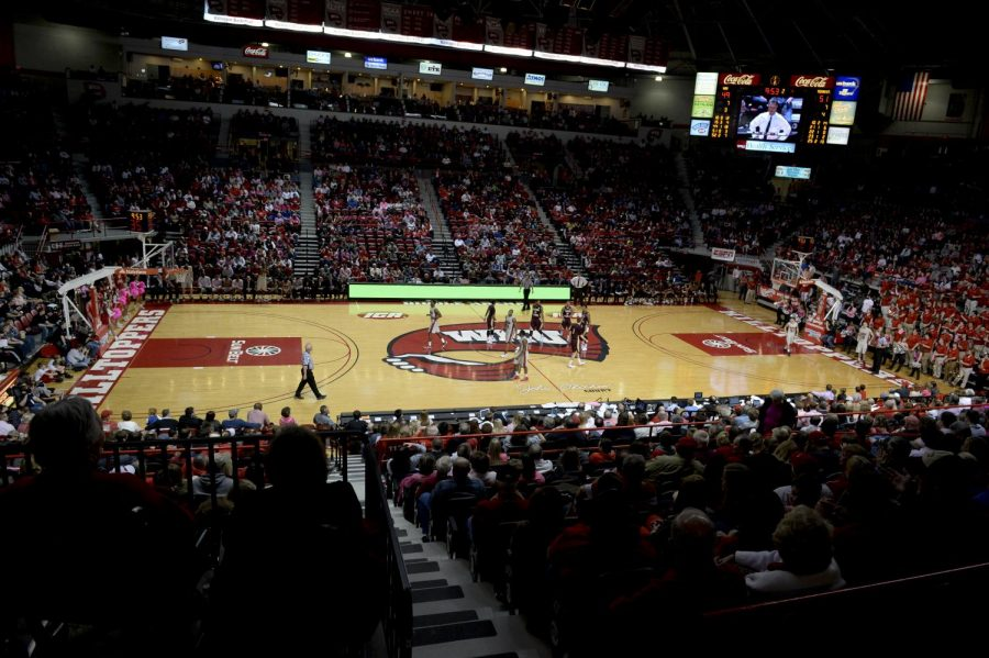 A+crowd+of+5%2C514+showed+up+to+see+WKU+mens+basketball+defeat+Texas+State+68-64+at+Diddle+Arena+in+Bowling%2C+Ky.+on+Saturday%2C+Feb.+1.