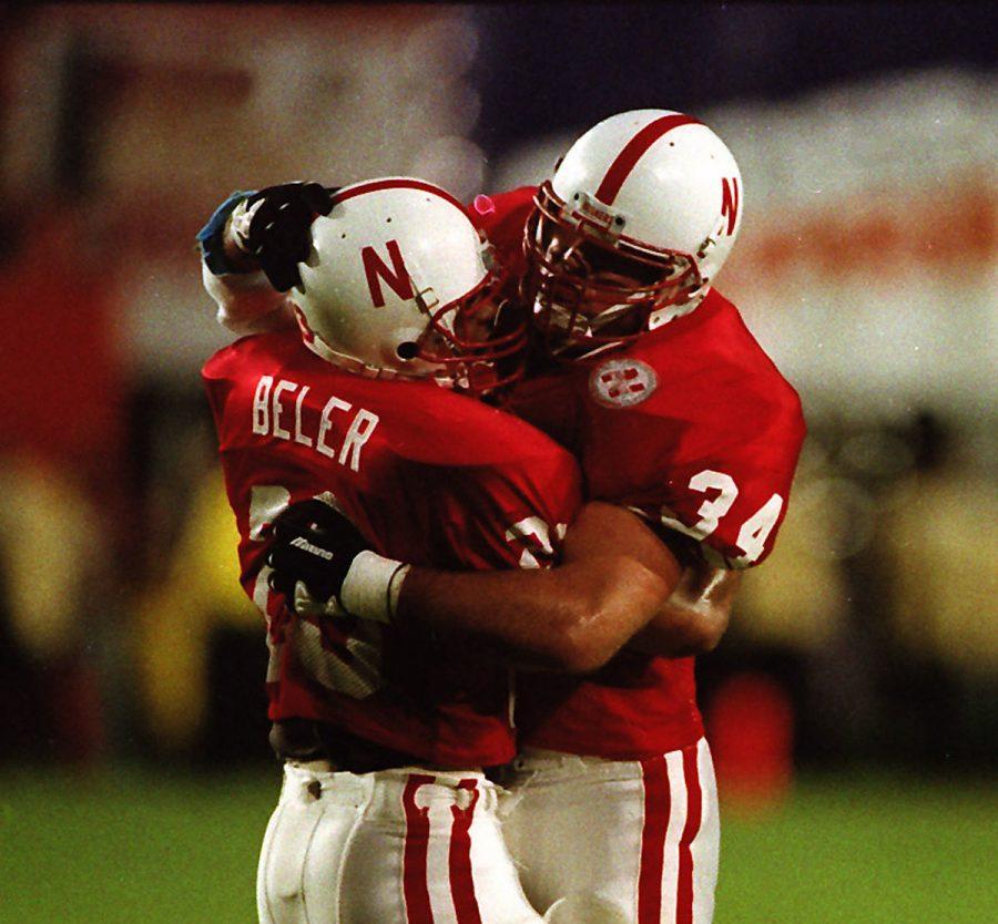 Nebraskas Trev Alberts (right) and fellow linebacker Ernie Beler celebrate a play against Florida State in the 1994 Orange Bowl.