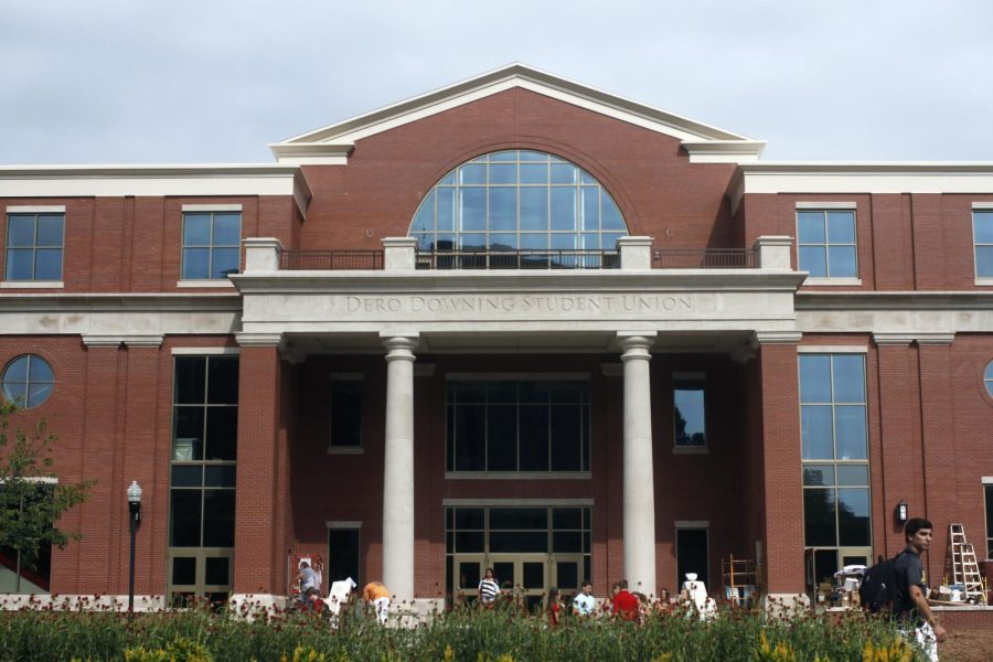 Upon+completion+of+renovations%2C+the+Centennial+Mall+side+of+the+Downing+Student+Union+is+now+open.%C2%A0Jake+Pope%2FHERALD