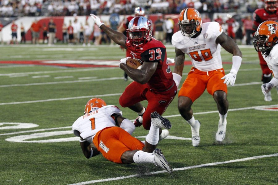 Junior running back Leon Allen runs the ball during the first half of WKU's game against Bowling Green State Friday, Aug. 29, 2014, at Houchens Industries - L.T. Smith Stadium in Bowling Green, Ky. Mike Clark/HERALD