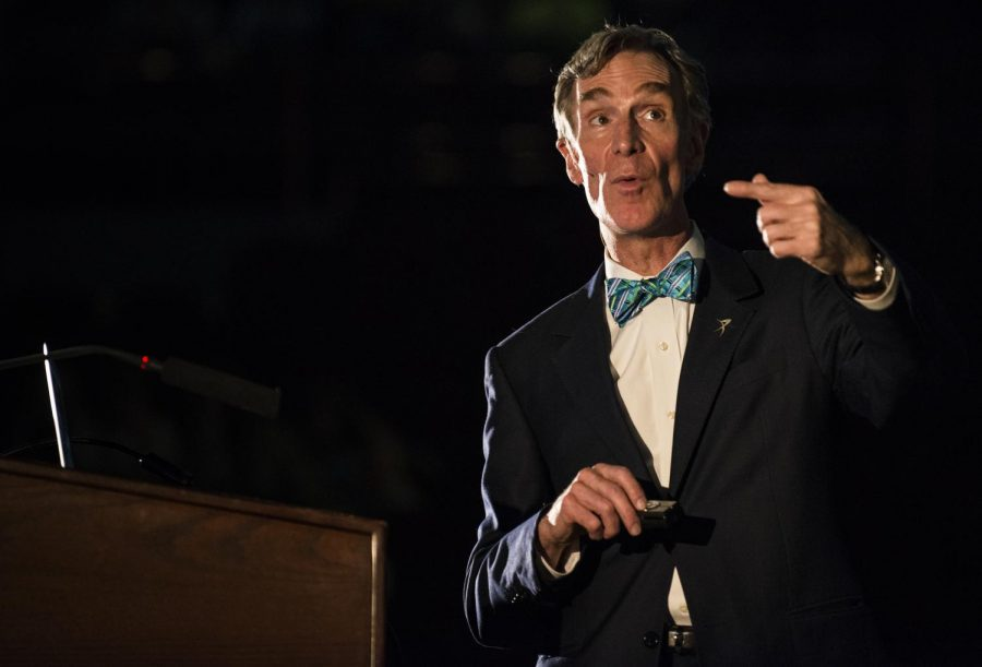 Bill+Nye+gives+a+lecture+at+Diddle+Arena%2C+October+15%2C+as+a+part+of+WKU%27s+Cultural+Enhancement+Series.+Nye+talked+about+different+global+issues%2C+urging+the+audience+to+change+the+world.+%E2%80%9CWith+your+brain+you+can+understand+al+of+this%2C+you+can+understand+the+cosmos.+And+you+can+use+this+brain+to+change+the+world.%E2%80%9D+William+Kolb%2FHERALD