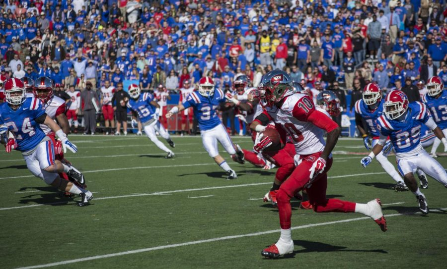 Redshirt senior receiver Willie McNeal returns a kick against Louisiana Tech in WKUs 59-10 loss to the Bulldogs on Nov. 1.