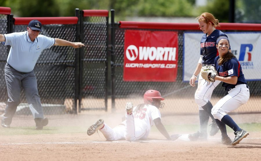 Senior outfielder Shawna Sadler slides into third base to avoid a double play during their 3-2 loss to South Alabama last season. (Ian Maule/HERALD)