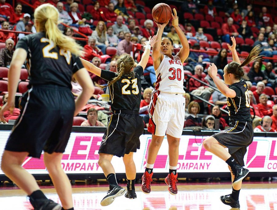 WKU%27s+Chastity+Gooch+%2830%29+releases+a+three-point+attempt+during+Saturday%27s+game+against+Southern+Miss+at+Diddle+Arena+in+Bowling+Green.+The+Hilltoppers+ultimately+fell+to+Southern+Miss%2C+63-61.+Photo+by+Nick+Wagner%2F+WKU+HERALD